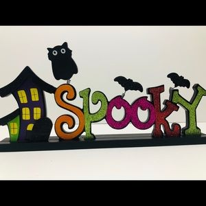"""""""Spooky"""" Table Top Wood Sign NWOT"""